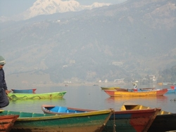 boats in Phewa taal