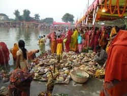 Chhath puja is performed on the beautifully decorated booths around the pond or at the bank of the rivers.