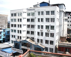 kathmandu medical college singamangal building