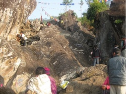 khandrung cave